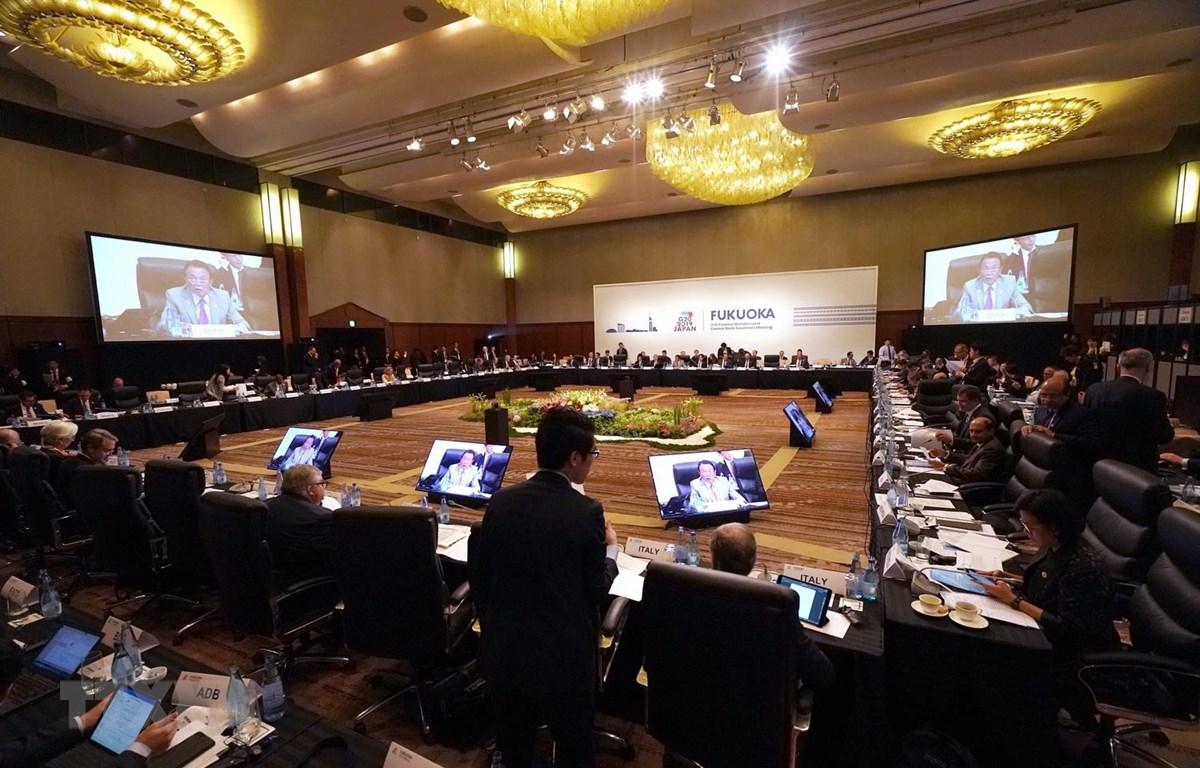 Các đại biểu tham dự Hội nghị Bộ trưởng Tài chính và Thống đốc Ngân hàng Trung ương Nhóm G20 ở thành phố Fukuoka, Nhật Bản ngày 8/6. (Ảnh: AFP/TTXVN)