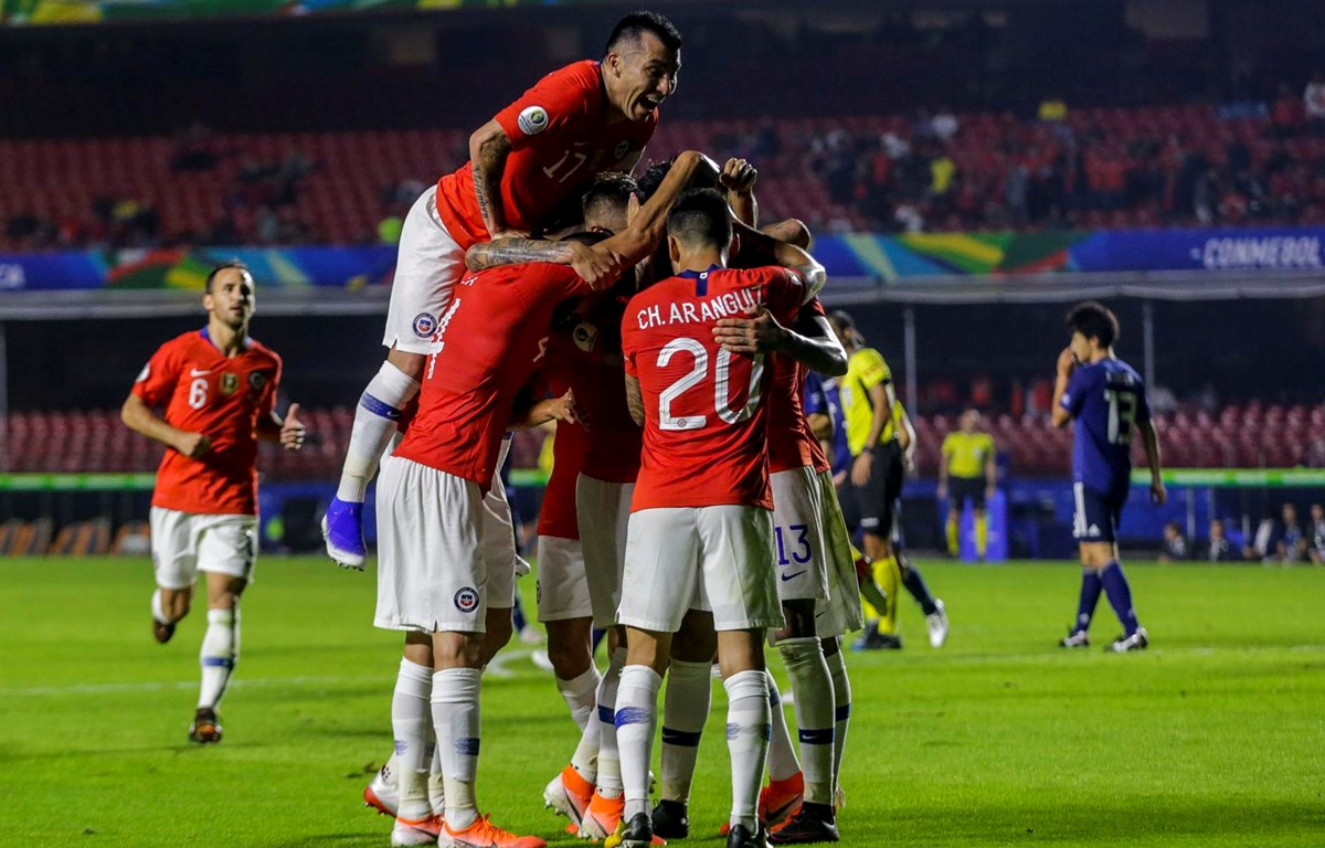 Cầu thủ Chile ăn mừng. (Nguồn: Getty Images)