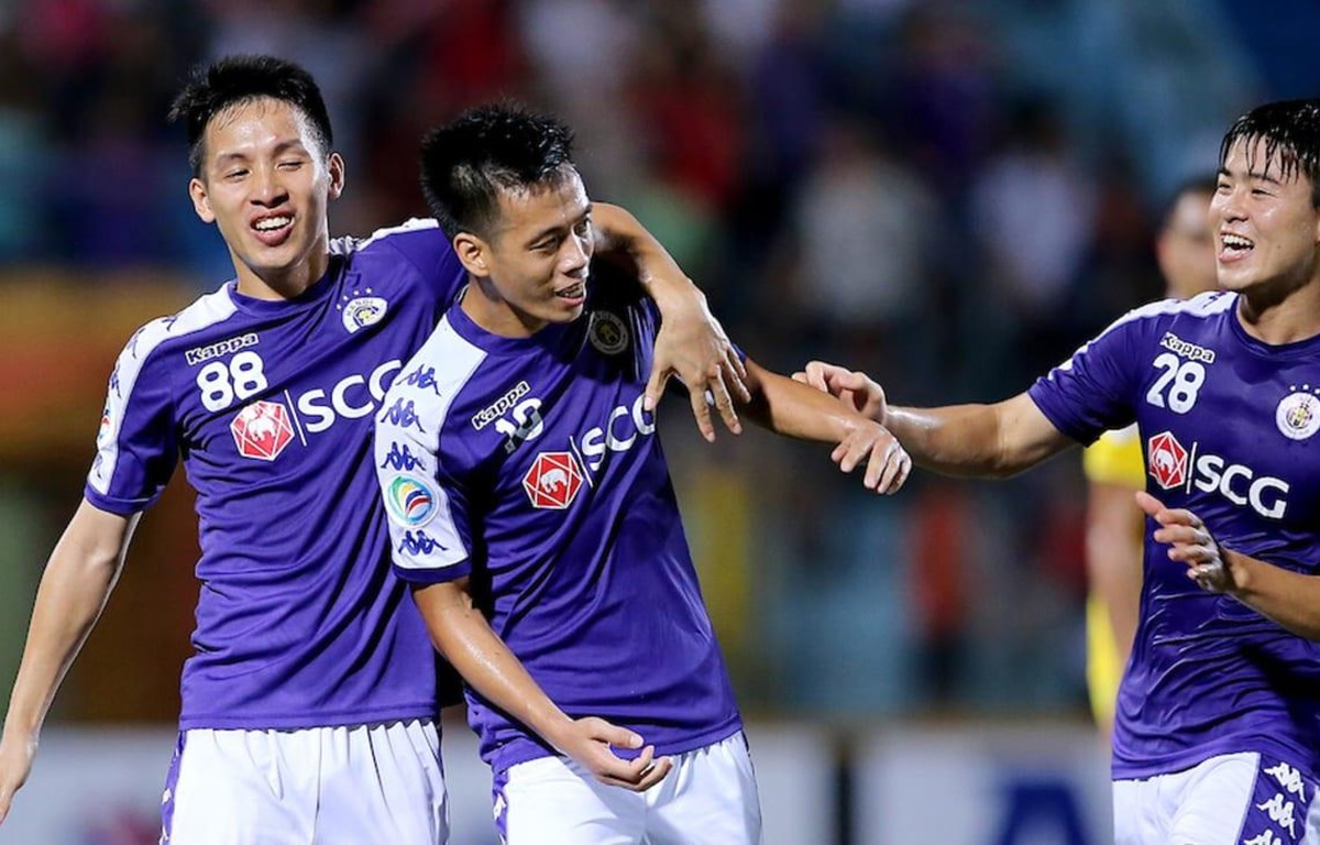 Văn Quyết (giữa) tỏa sáng đưa Hà Nội FC vào chhung kết, (Nguồn: AFC)