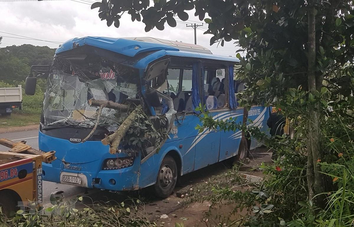 Tai nạn giao thông trên địa bàn huyện Đức Trọng, Lâm Đồng. (Ảnh: Đặng Tuấn/TTXVN)