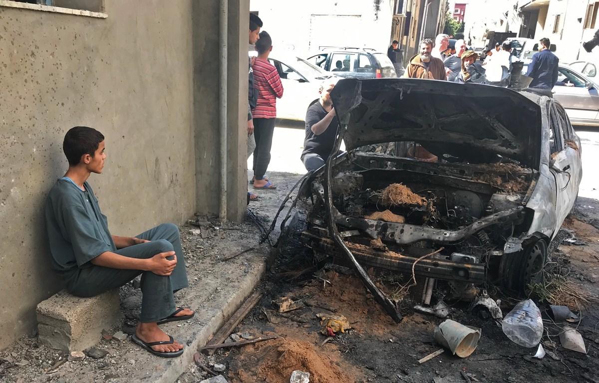 Hiện trường 1 vụ đánh bom ở Libya. (Nguồn: THX/TTXVN)