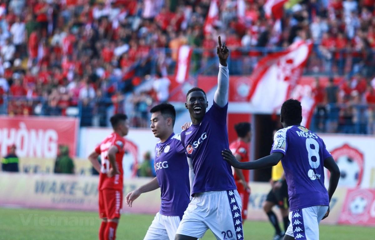 Omar lập công đưa Hà Nội FC lên ngôi đầu V-League 2019. (Ảnh: Nguyên An/Vietnam+)