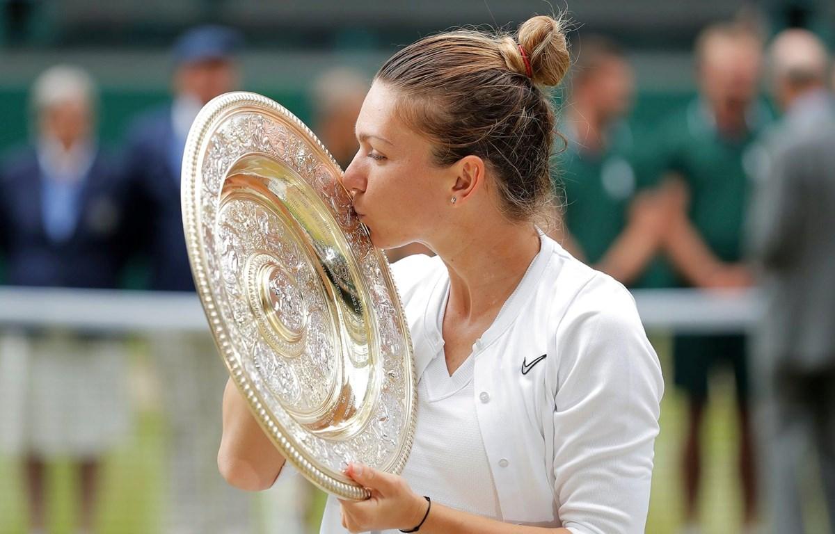 Halep lần đầu tiên vô địch Wimbledon. (Nguồn: Getty Images)