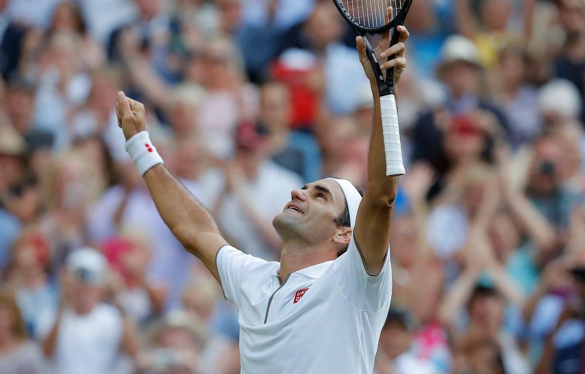 Federer vào chung kết sau chiến thắng thuyết phục. (Nguồn: Guardian)