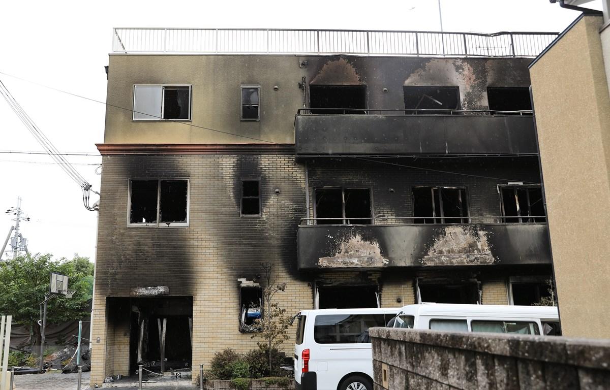 Xưởng phim Kyoto Animation ở Kyoto, Nhật Bản sau vụ hỏa hoạn, ngày 19/7/2019. (Ảnh: THX/TTXVN)