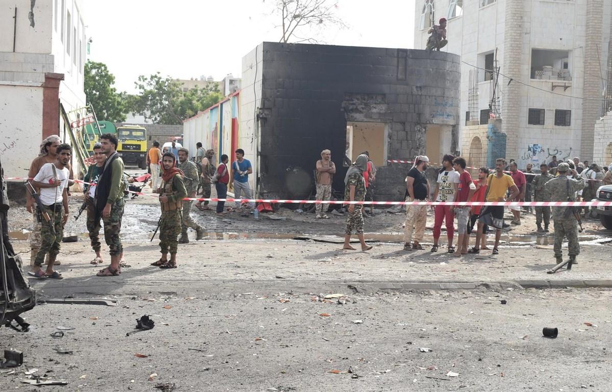 Hiện trường một vụ tấn công tại Yemen. (Nguồn: THX/TTXVN)