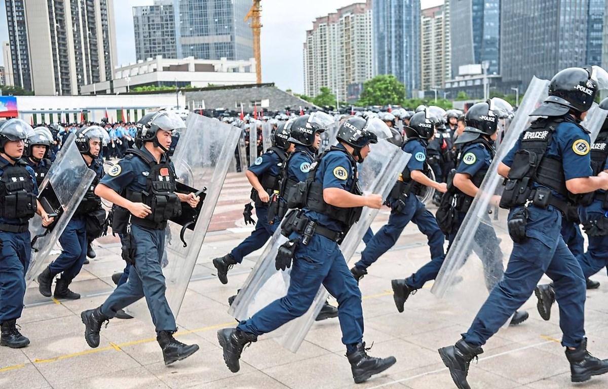 Lực lượng cảnh sát Trung Quốc. (Nguồn: AFP)