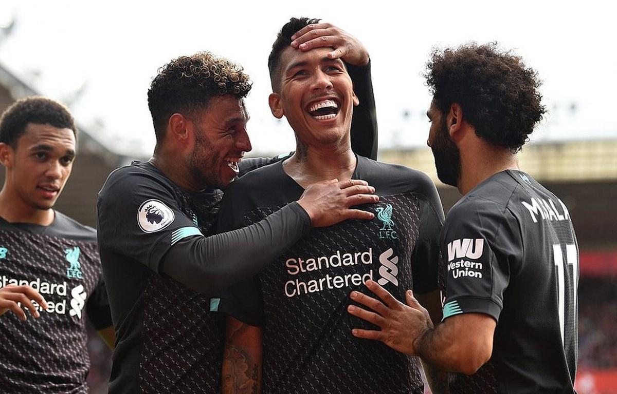 Liverpool chiếm ngôi đầu bảng Premier League.