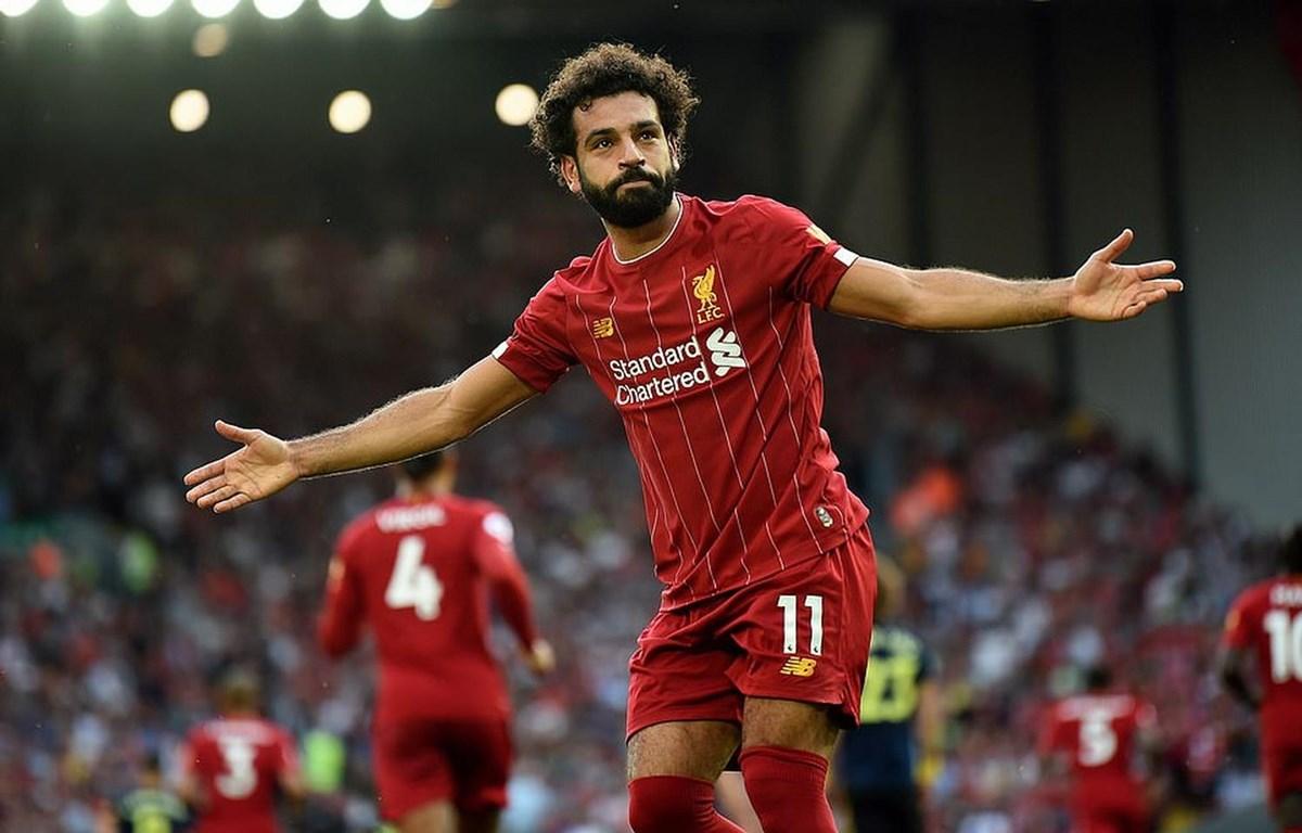 Salah lập cú đúp mang chiến thắng về cho Liverpool.