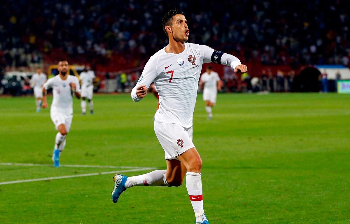 Ronaldo góp công mang chiến thắng đầu tiên về cho Bồ Đào Nha. (Nguồn: Getty Images)