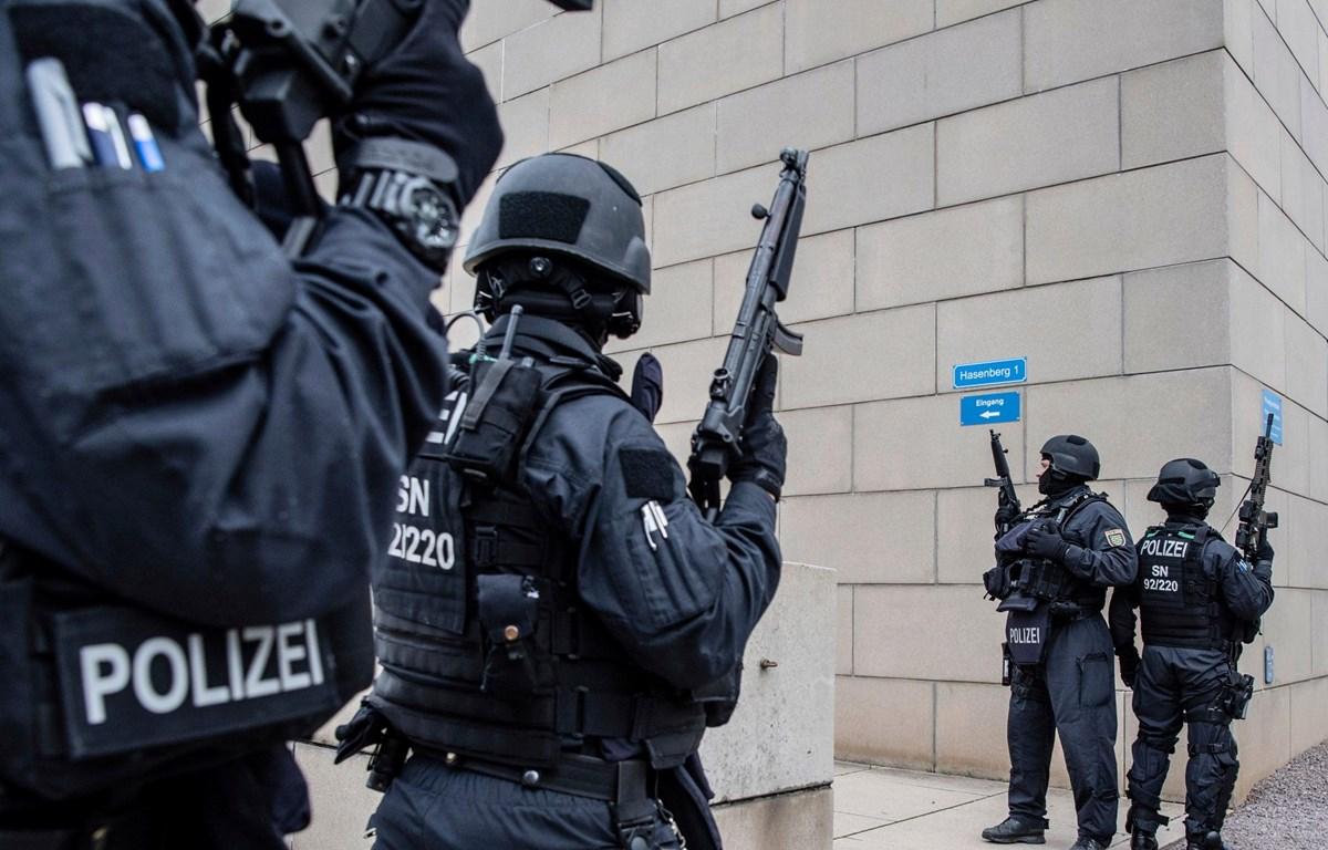 Cảnh sát Anh tung video huấn luyện giúp phát hiện live stream xả súng