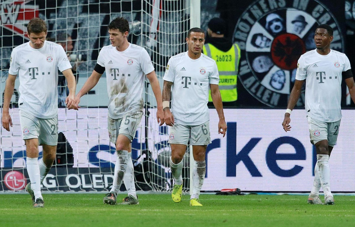 Bayern Munich thảm bại ở Bundesliga. (Nguồn: en24)