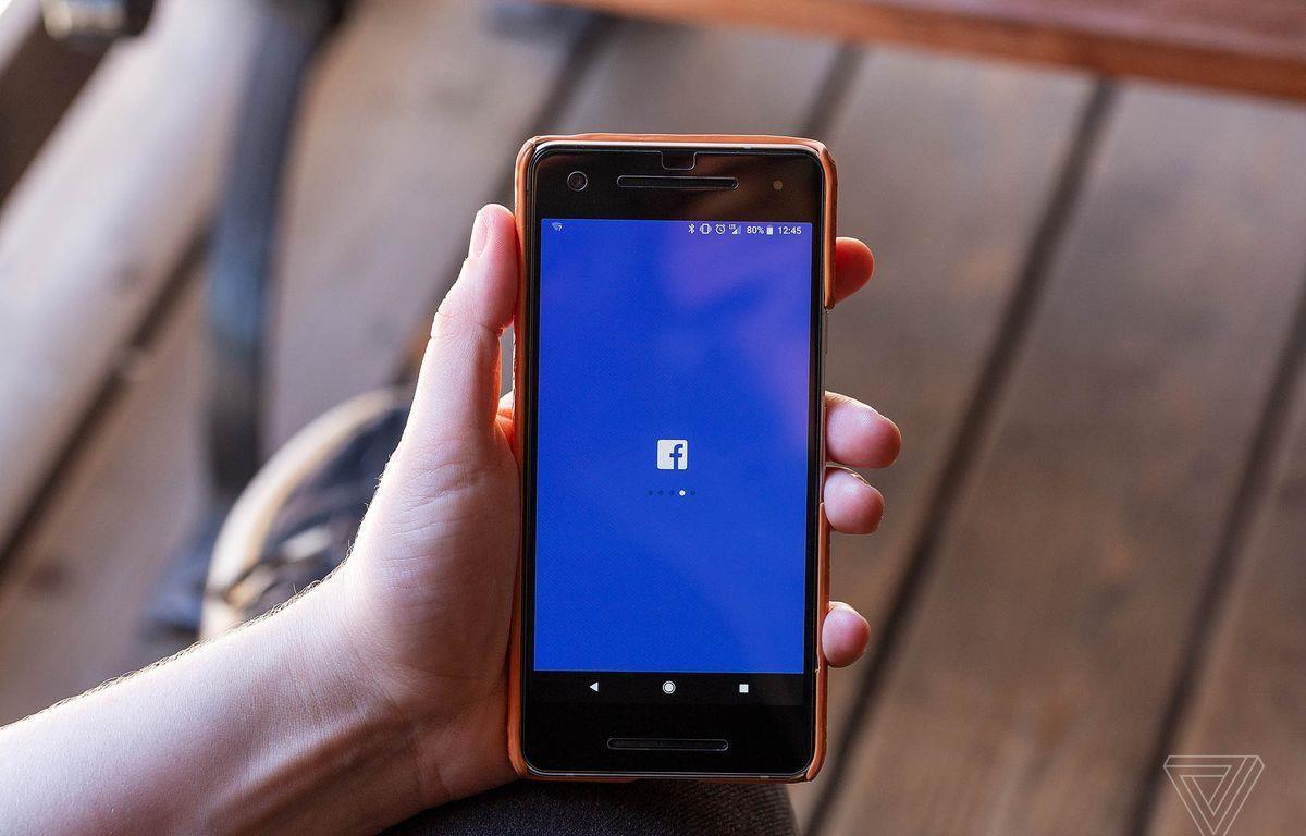 Facebook gặp sự cố sập mạng hôm 28/11. (Nguồn: theverge)