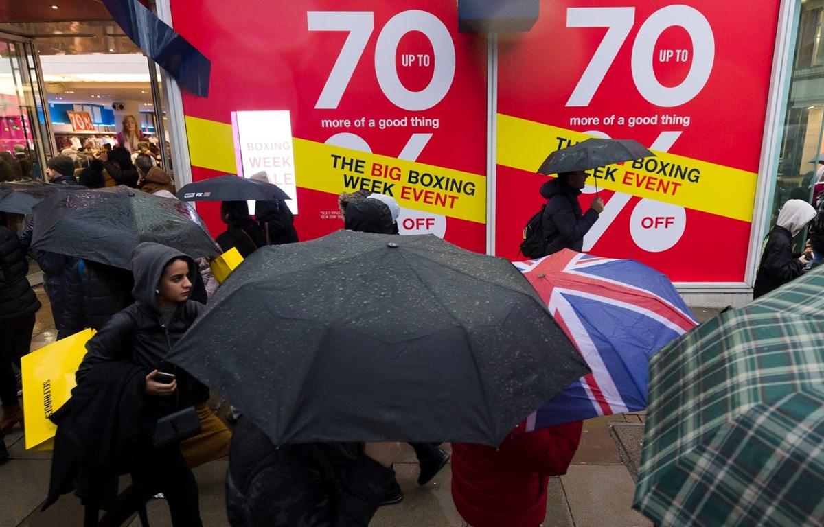 Doanh thu của nhiều cửa hàng ở Anh thất thu trong ngày Boxing Day. (Nguồn: EPA)
