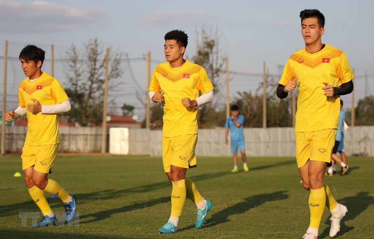 Từ trái qua: Tiền vệ Thái Quý, tiền đạo Đức Chinh và tiền đạo Tiến Linh. (Ảnh: VFF/TTXVN phát)