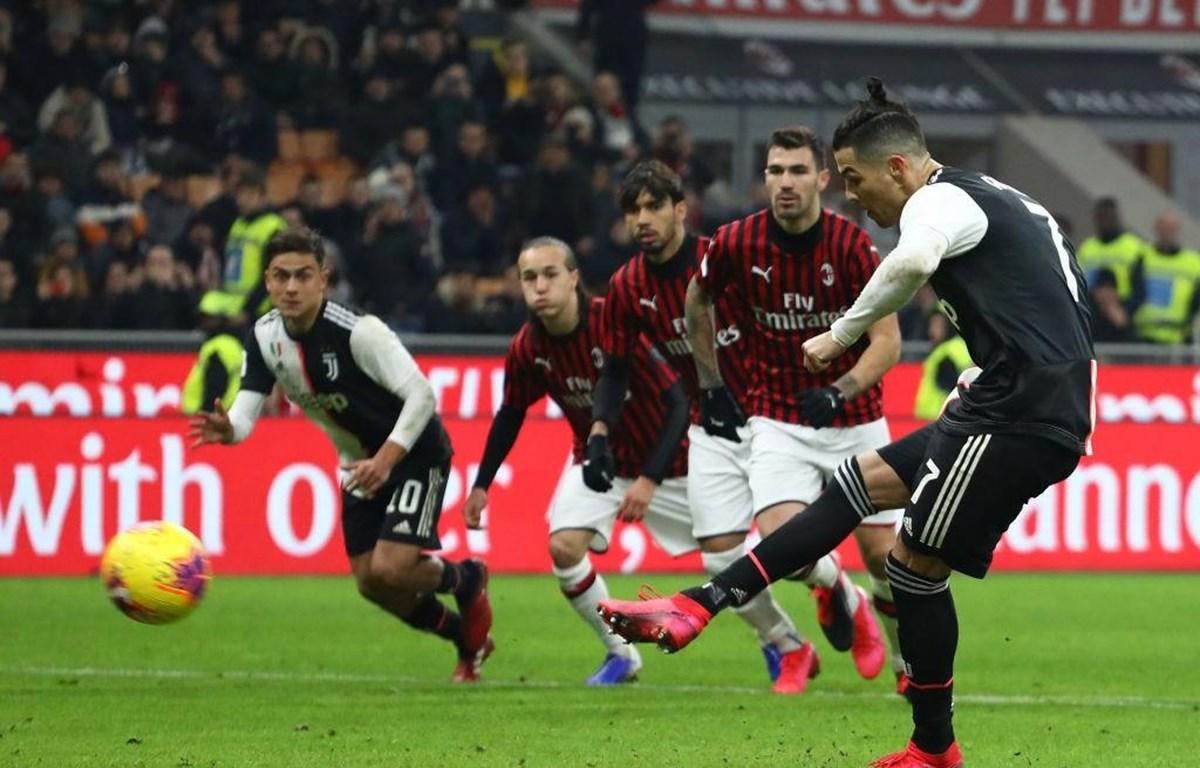 Ronaldo giúp Juventus thoát thua từ chấm 11m. (Nguồn: sempremilan)