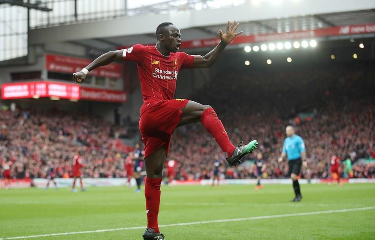 Mane ấn định chiến thắng ngược dòng cho Liverpool.
