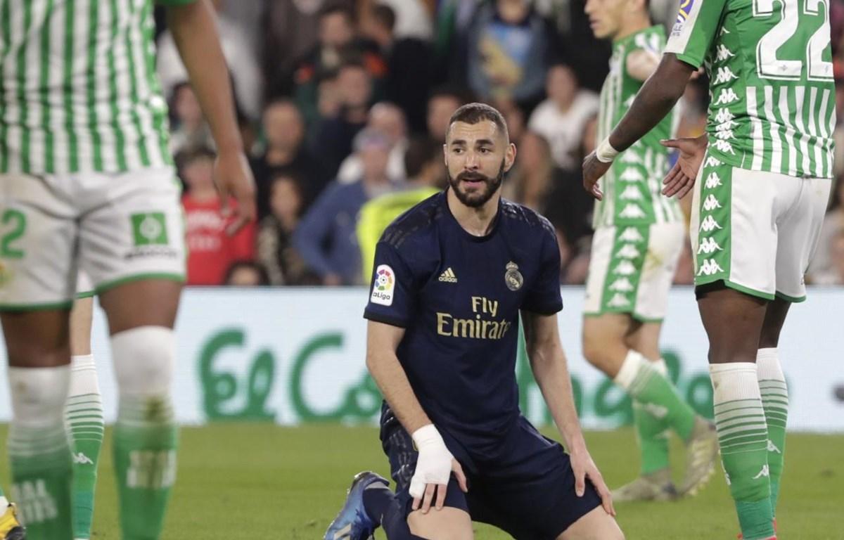 Benzema không thể giúp Real tránh khỏi thất bại. (Nguồn: Getty Images)