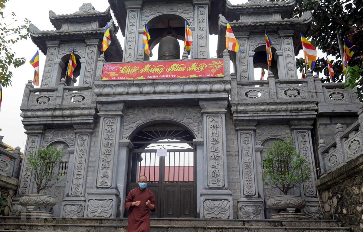 Chùa An Vinh (thành phố Tuyên Quang) thông báo đóng cửa. (Ảnh Quang Đán/TTXVN)
