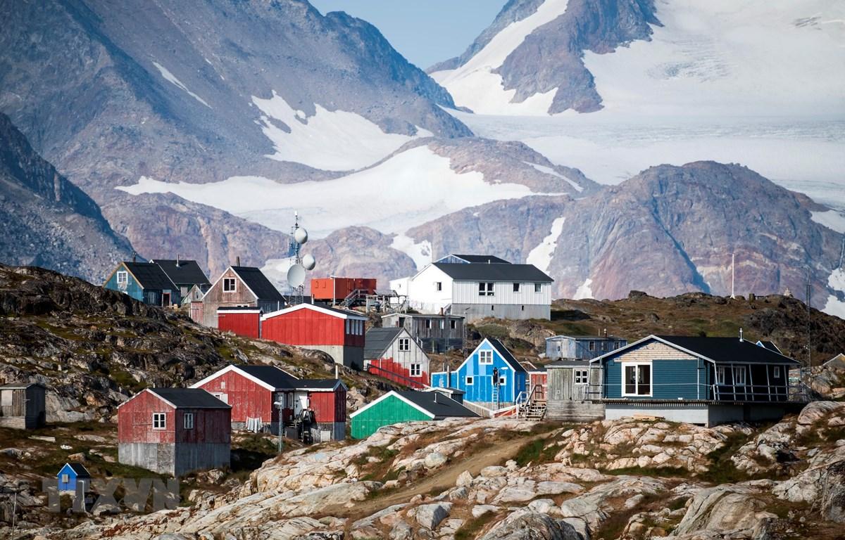 Một khu nhà định cư trên đảo Greenland. (Ảnh: AFP/TTXVN)