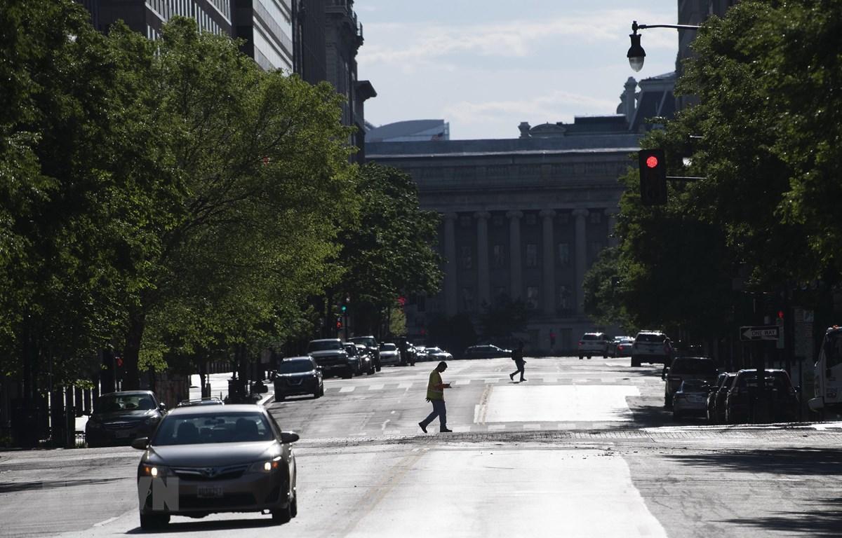 Cảnh vắng vẻ trên đường phố tại Washington D.C., Mỹ ngày 7/5/2020 trong bối cảnh dịch COVID-19 lan rộng. (Ảnh: THX/ TTXVN)