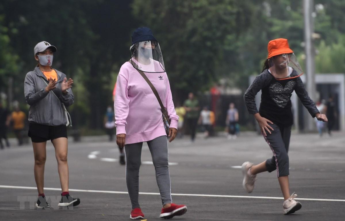 Dịch bệnh COVID-19 ảnh hưởng đến kinh tế Indonesia. (Ảnh: THX/TTXVN)