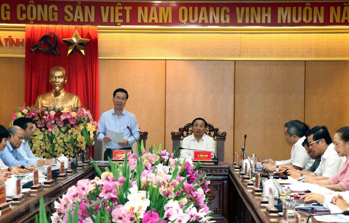 Đồng chí Võ Văn Thưởng, Trưởng Ban Tuyên giáo Trung ương phát biểu tại buổi làm việc. (Ảnh: Công Tường/TTXVN)