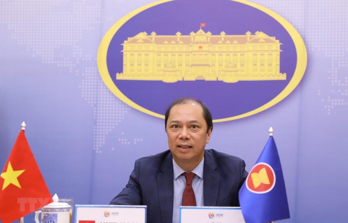 Thứ trưởng Bộ Ngoại giao Nguyễn Quốc Dũng, Trưởng SOM ASEAN chủ trì Đối thoại thường niên cấp Thứ trưởng Ngoại giao lần thứ 33 giữa ASEAN và Hoa Kỳ theo hình thức trực tuyến. (Ảnh: Văn Điệp/TTXVN)