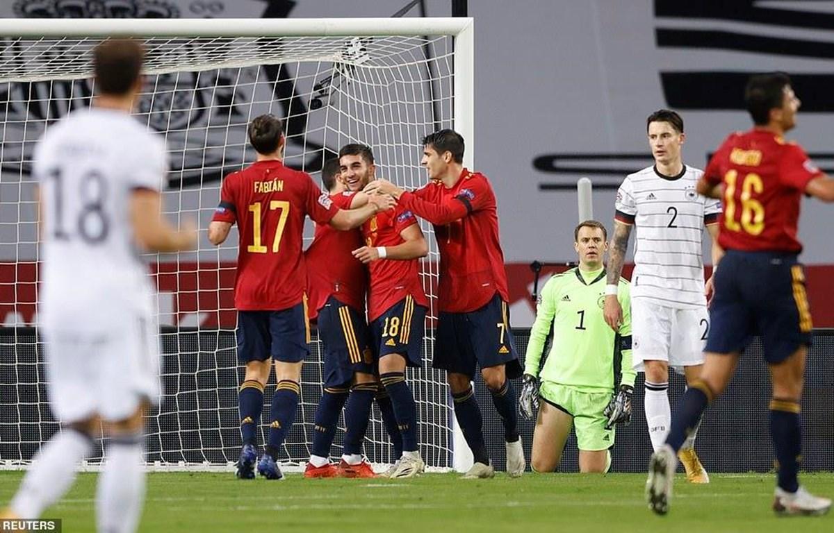 Tây Ban Nha vào bán kết sau màn hủy diệt đội tuyển Đức. (Nguồn: Reuters)