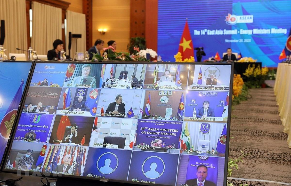 Quang cảnh hội nghị tại điểm cầu các nước ASEAN và Hà Nội. (Ảnh: Phan Tuấn Anh/TTXVN)