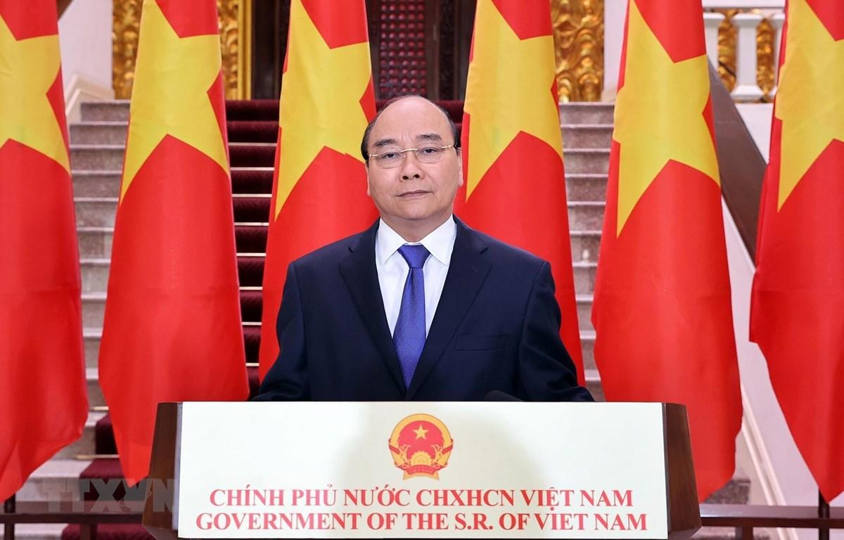 Thủ tướng Nguyễn Xuân Phúc có bài phát biểu chúc mừng Hội chợ Hội chợ Trung Quốc-ASEAN (CAEXPO) lần thứ 17. (Ảnh: Thống Nhất/TTXVN)