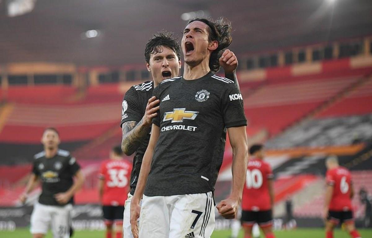 Cavani giúp M.U ngược dòng chiến thắng. (Nguồn: Reuters)