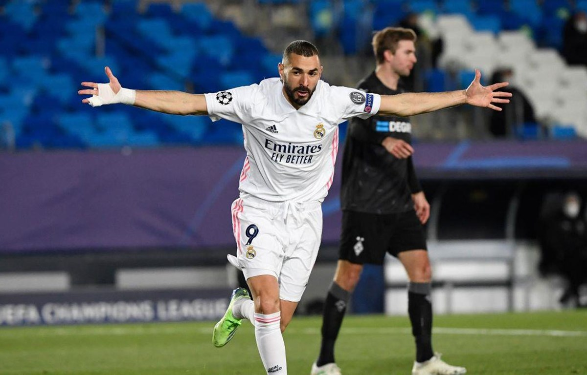 Benzema đưa Real vào vòng 1/8 Champions League. (Nguồn: Getty Images)