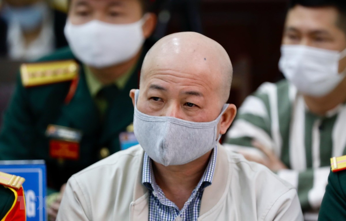 Đinh Ngọc Hệ (cựu Phó Tổng Giám đốc Tổng Công ty Thái Sơn) tại phiên toà phúc thẩm sáng 10/12. (Ảnh: Dương Giang/TTXVN)