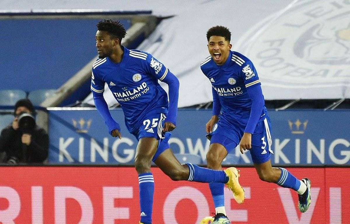 Leicester City lên ngôi đầu Premier League. (Nguồn: Reuters)