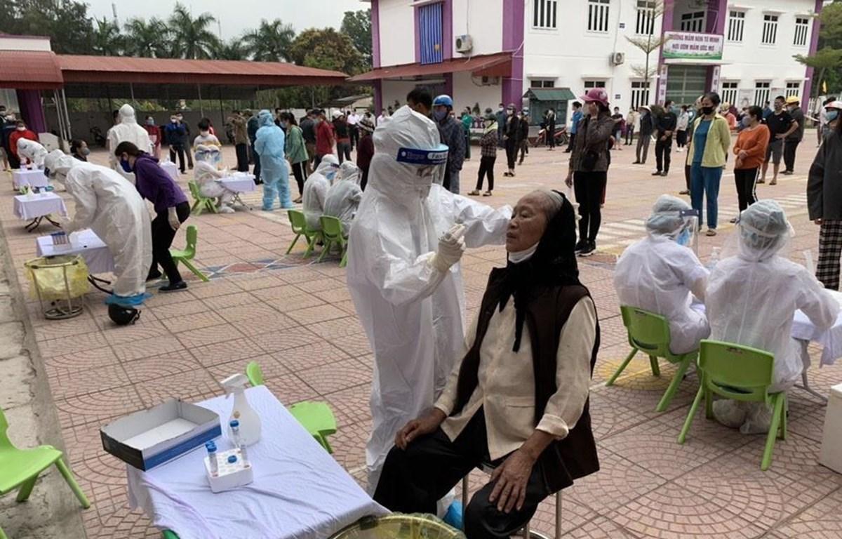Ngày 24/2, phường Tứ Minh, thành phố Hải Dương, dự kiến sẽ lấy khoảng trên 800 mẫu xét nghiệm. (Ảnh: Mạnh Minh/TTXVN)