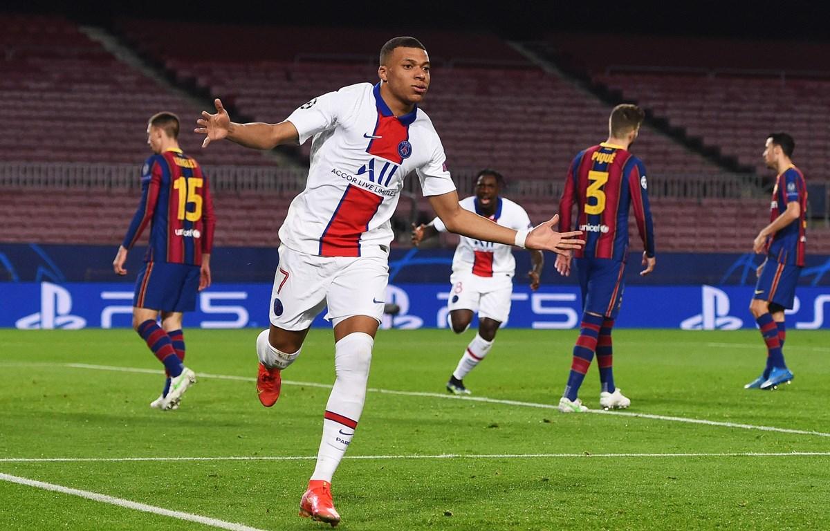 Mbappe lập hat-trick giúp PSG vùi dập Barcelona. (Nguồn: Getty Images)