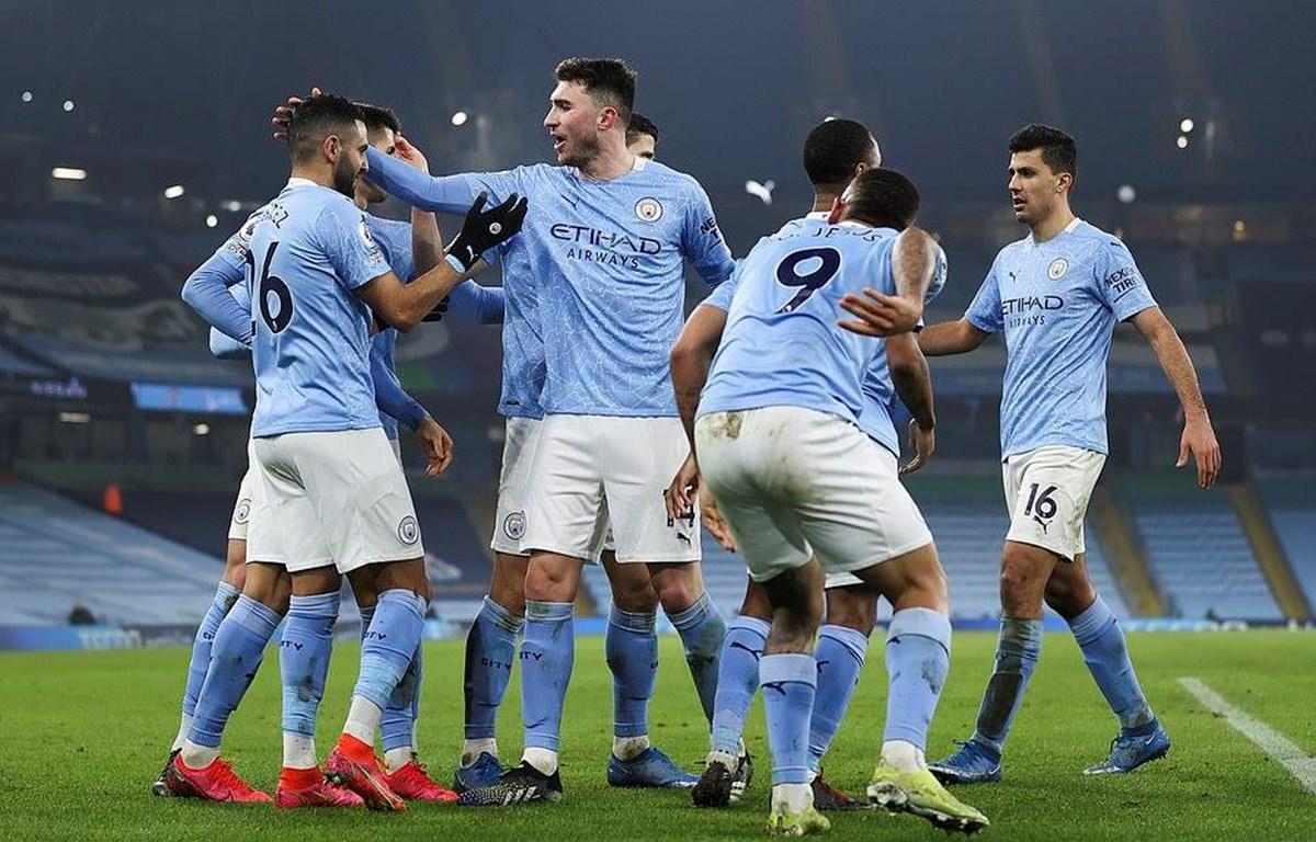 Manchester City thắng tưng bừng trước Wolverhampton. (Nguồn: Daily Mail)