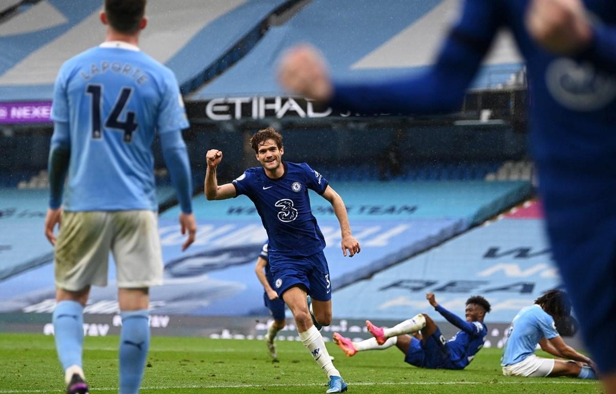Alonso ngăn không cho Man city vô địch sớm. (Nguồn: Getty Images)