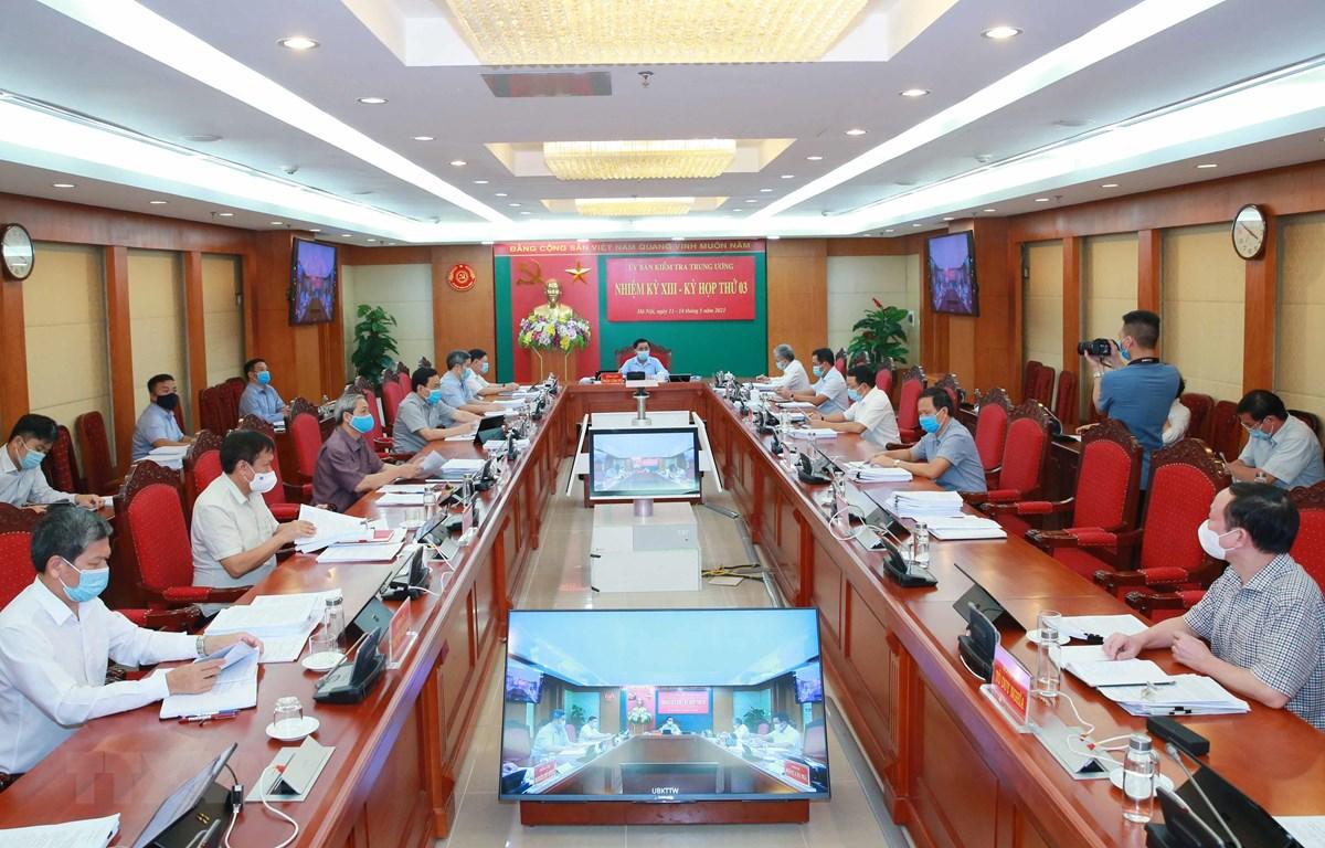 Quang cảnh Kỳ họp thứ ba của Ủy ban Kiểm tra Trung ương. (Ảnh: Phương Hoa/TTXVN)