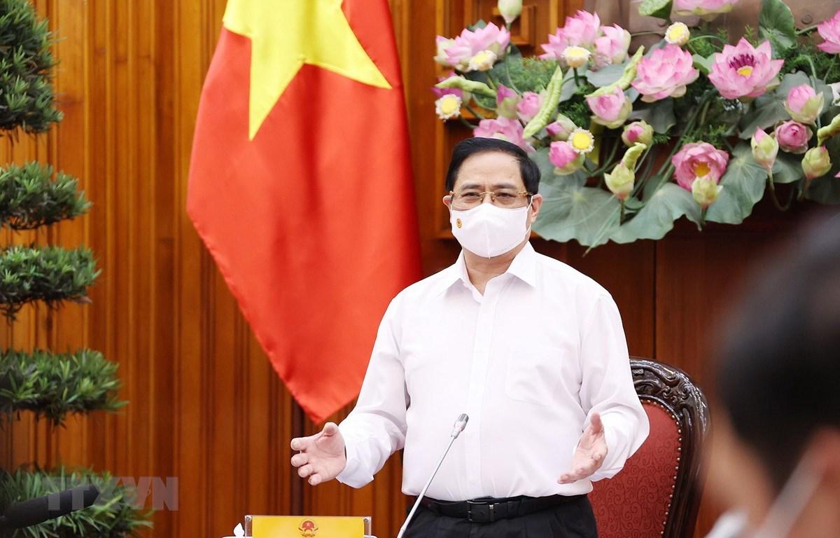 Thủ tướng Phạm Minh Chính phát biểu kết luận cuộc họp Thường trực Chính phủ chiều 17/5. (Ảnh: Dương Giang/TTXVN)
