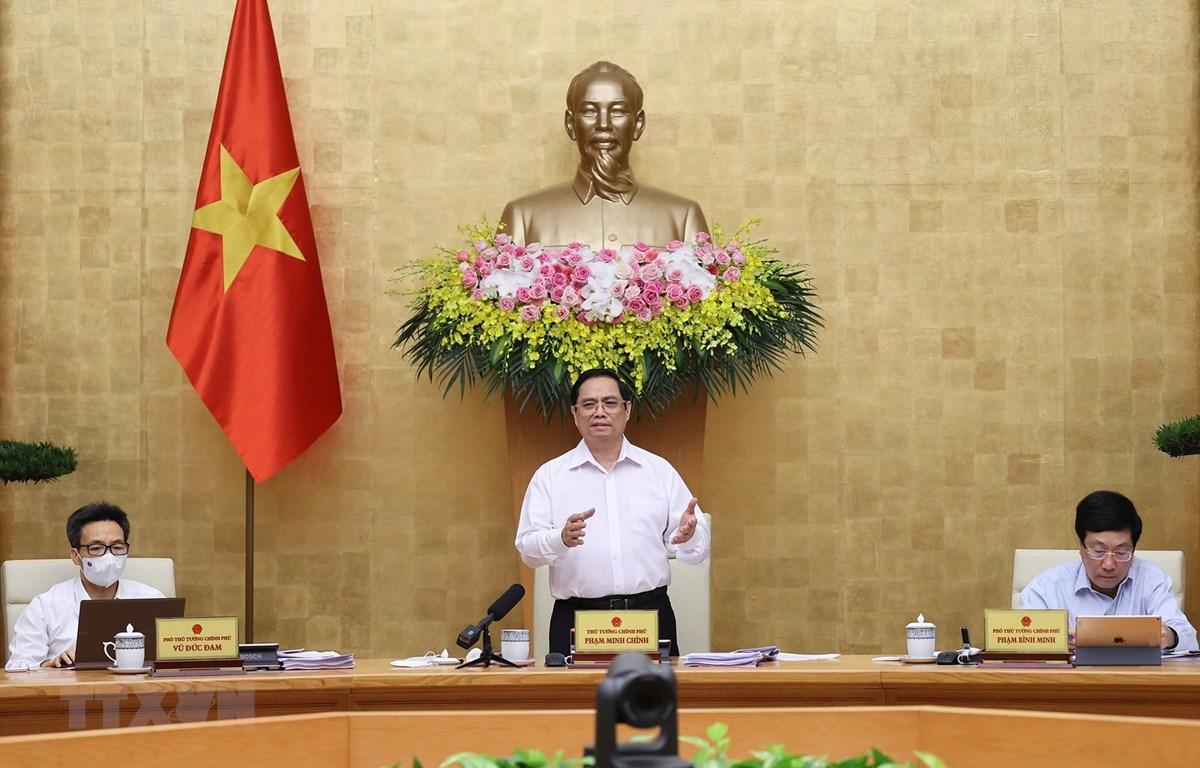 Thủ tướng Phạm Minh Chính phát biểu kết luận phiên họp Chính phủ thường kỳ tháng 6/2021. (Ảnh: Dương Giang/TTXVN)