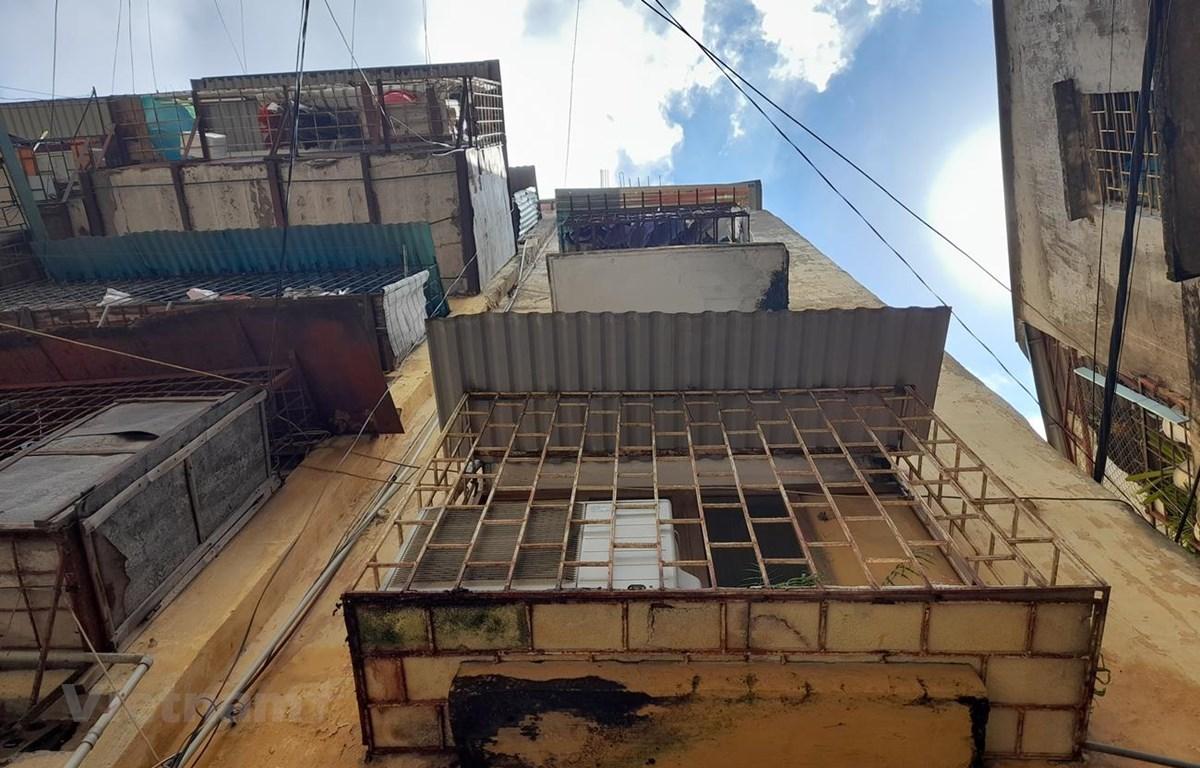 Cả nước hiện có hơn 2.500 chung cư cũ xây dựng trước năm 1994. (Ảnh: Hùng Võ/Vietnam+)