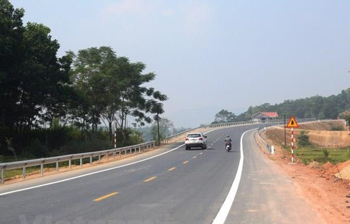 Dự án BOT Hòa Lạc-Hòa Bình dài khoảng gần 26Km vẫn chưa thể tiến hành thu phí. (Ảnh: Việt Hùng/Vietnam+)