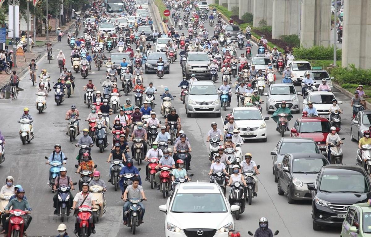 Từ năm 1990-2018, xe máy ở Việt Nam tăng khoảng 48 lần gây áp lực lên hạ tầng giao thông. (Ảnh: Việt Hùng/Vietnam+)
