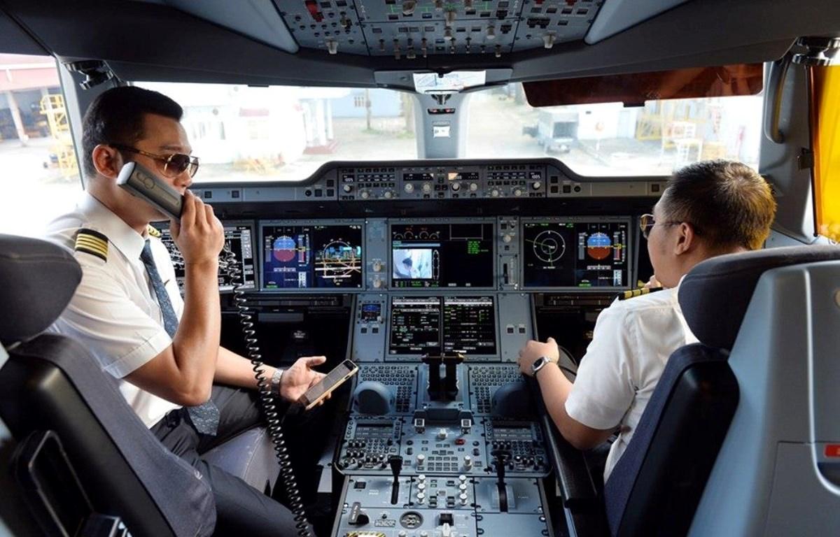 Đội ngũ phi công của Vietnam Airlines. (Ảnh: Đức Anh)