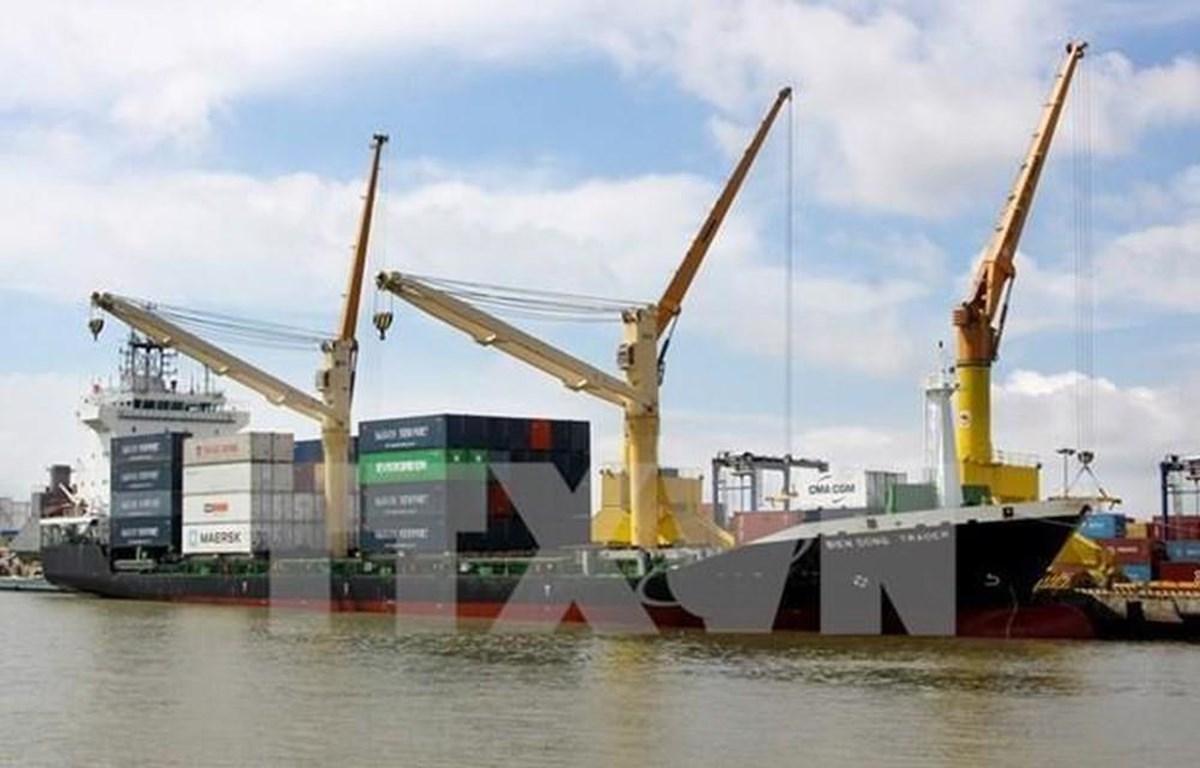 Lĩnh vực vận tải biển-cảng biển-logistics vẫn là thế mạnh của Vinalines tập trung khai thác. (Ảnh: Thế Duyệt/TTXVN)