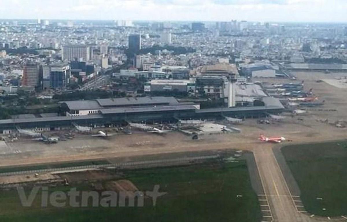 Hạ tầng hàng không đang bị ùn tắc cục bộ và chưa thể theo kịp sự phát triển của thị trường hàng không. (Ảnh: Việt Hùng/Vietnam+)