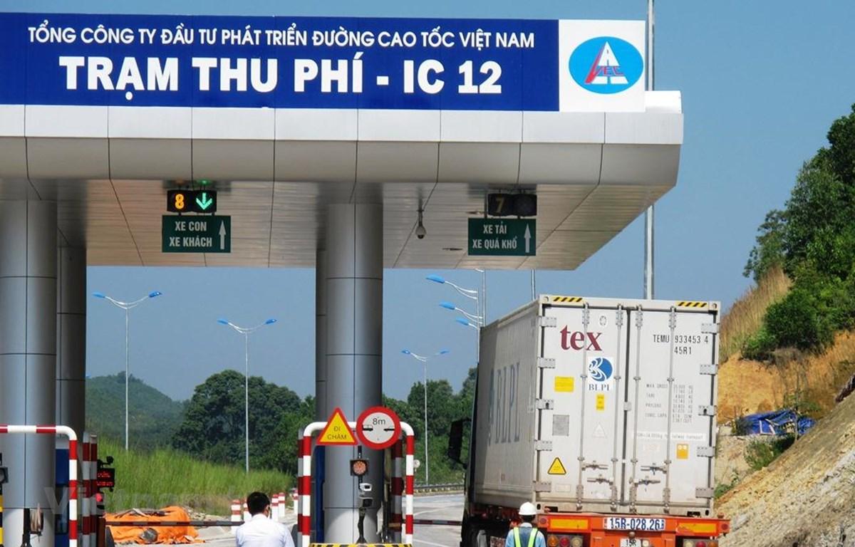 Một trạm thu phí trên tuyến đường cao tốc Nội Bài-Lào Cai. (Ảnh: Việt Hùng/Vietnam+)