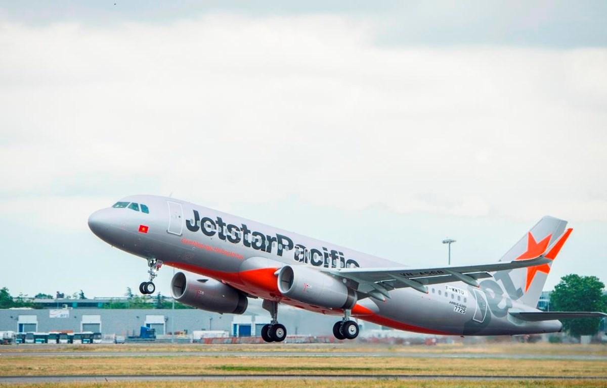 Máy bay mới của Jetstar Pacific cất cánh. (Ảnh: Tiến Sỹ)